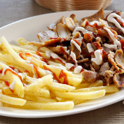 Patatas Pequeña + Carne + Salsa